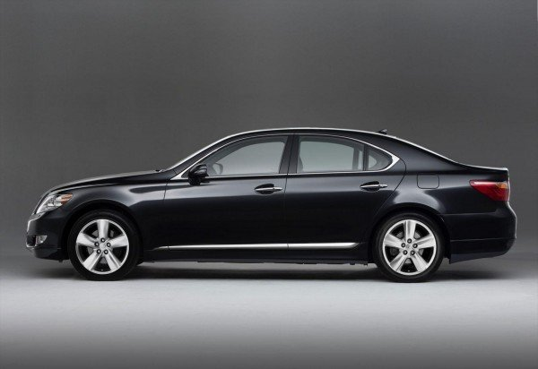 Lexus LS 460 Touring Edition - вид сбоку