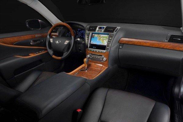 Салон Lexus LS 460 Touring Edition