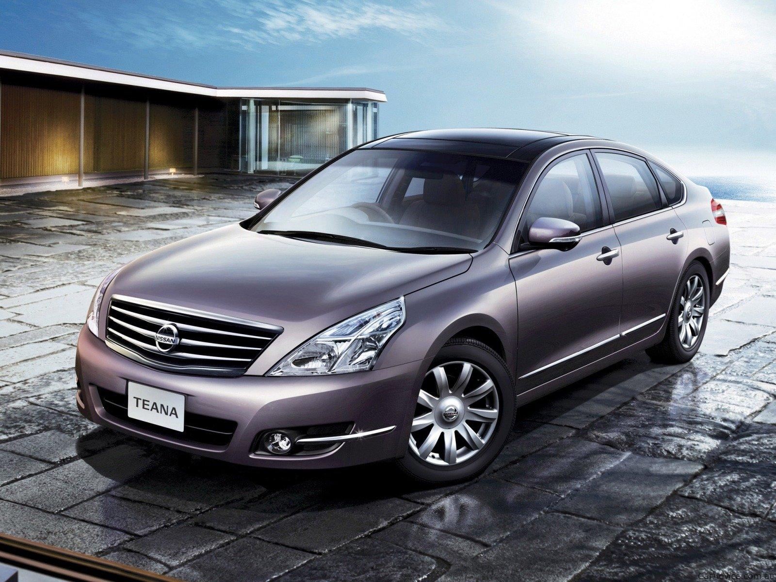 Отличный автомобиль, с великолепной внешностью, комфортабельным интерьером и хорошей надежностью.