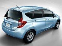 Nissan Note - вид сзади