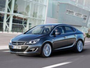 2013 Opel Astra Sedan