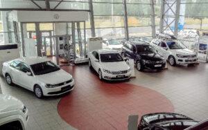Средняя цена автомобиля в России выросла до 1,2 млн рублей