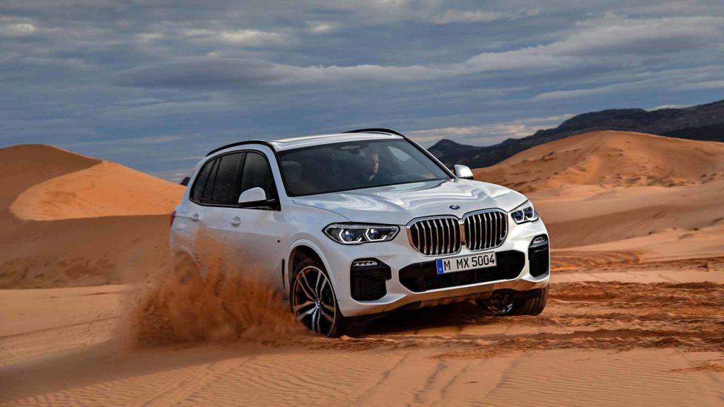 Первые фото нового BMW X5 без камуфляжа