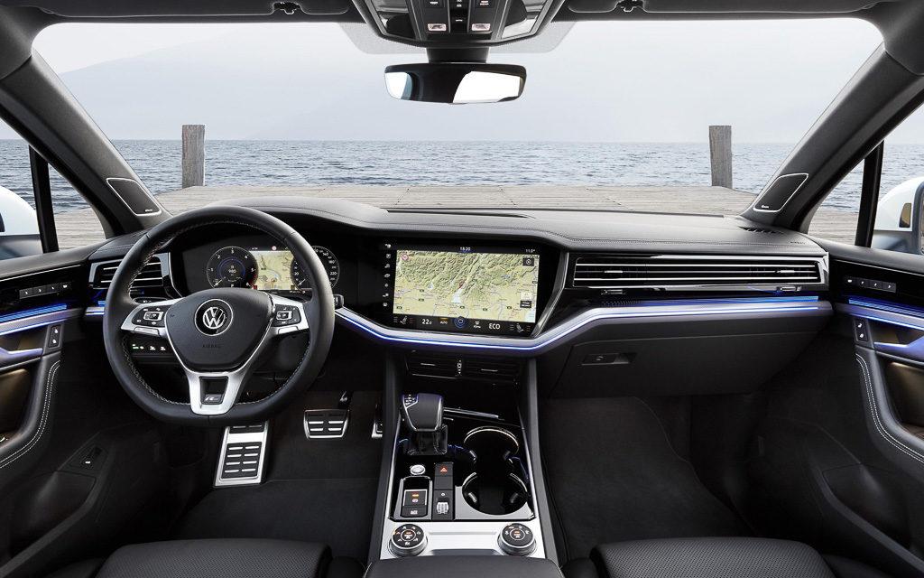 VW обнародовал полный прайс-лист нановый Touareg