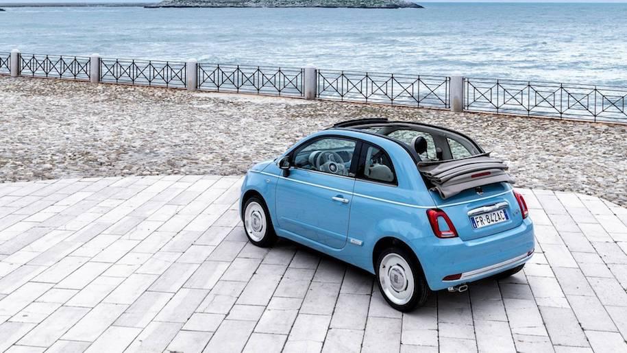 Fiat 500 превратили в «пляжный» пикап со встроенным душем