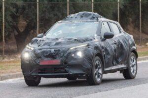 Новый Nissan Juke проходит дорожные тесты в серийном кузове