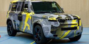 Новый Land Rover Defender показали на свежих фотографиях