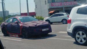 В Сети появились свежие шпионские фото новой Kia Optima