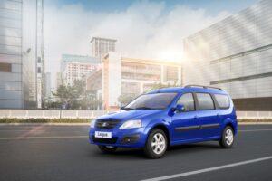 «АвтоВАЗ» показал обновленный Lada Largus