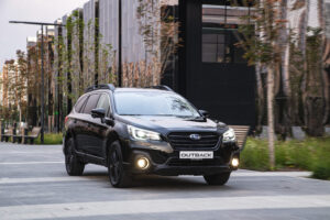 Subaru Outback Black Line. Фото Subaru