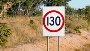 Ограничение скорости. Фото Cuddy Wifter