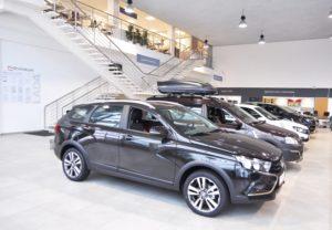 Названы причины падения спроса на автомобили в России
