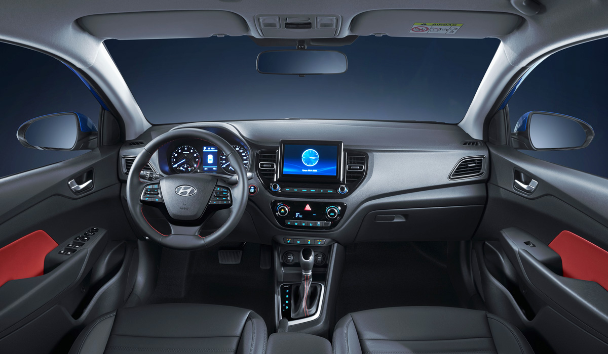 Интерьер Hyundai Solaris. Фото Hyundai