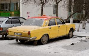 Такси у дома. Фото Moscow-Live.ru