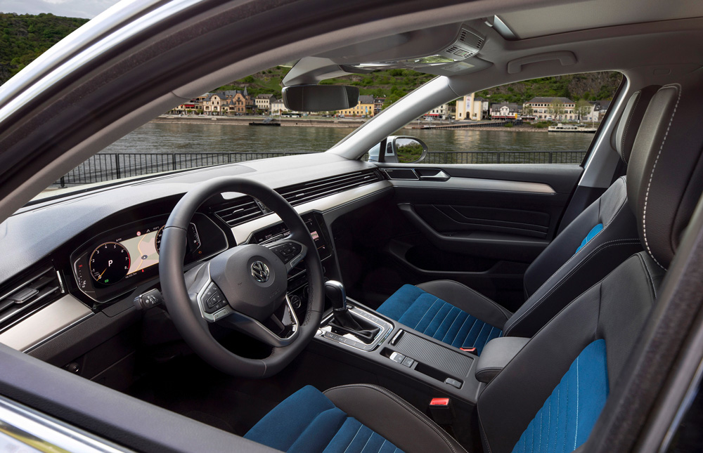 Интерьер Volkswagen Passat