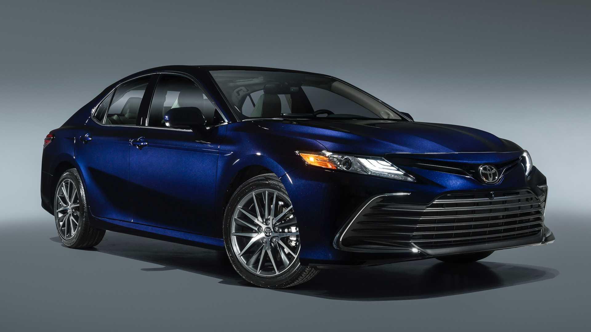 Toyota Camry 2021. Фото Toyota